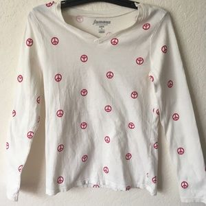 Old Navy peace long sleeve shirt size 8 in girls☮️